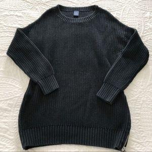 GAP Black Crew Neck Sweater - size Large
